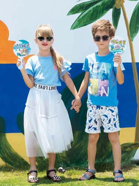 快乐精灵童装品牌2020春夏蓝色T恤白色半裙
