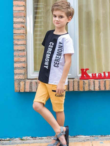 快乐精灵童装品牌2020春夏黑白色不对称T恤