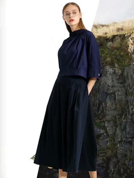 伊思君凯女装品牌2020春夏藏蓝色雪纺衫上衣