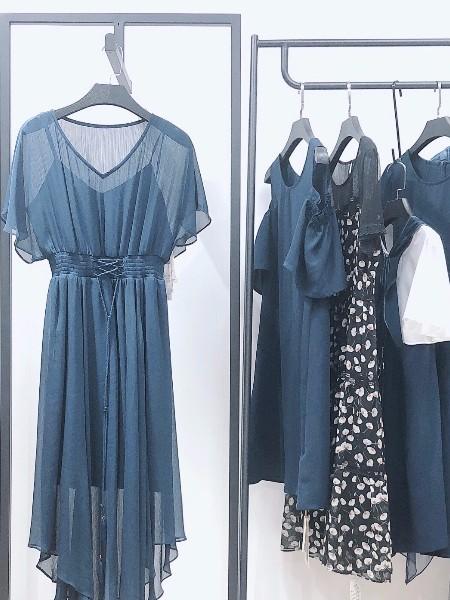 优雅知性 复古流行知性连衣裙品牌折扣女装尾货批发