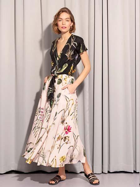 Tomcsanyi女装品牌2020春夏V领黑色雪纺衫碎花半身裙