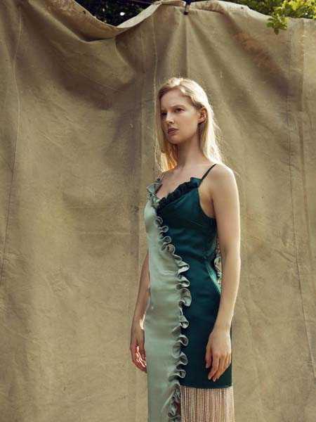 Nana Gotti国际品牌时尚性感吊带裙