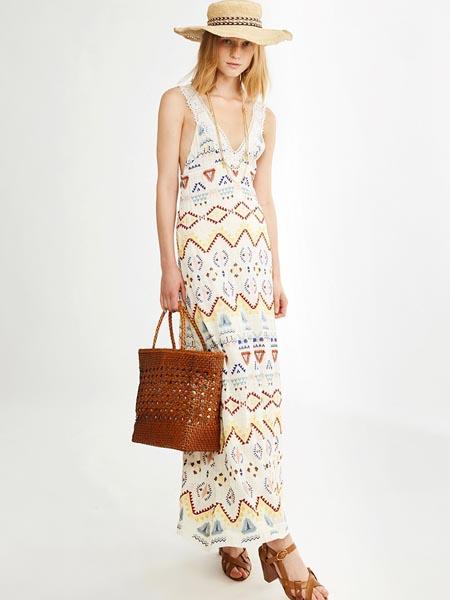 Vanessa Bruno Athe国际品牌2020春夏时尚海边度假风吊带裙