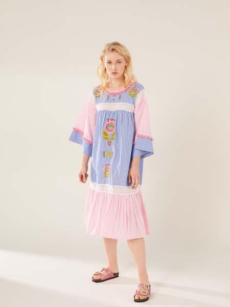 Manoush女装品牌2020春夏蓝色红色宽松连衣裙