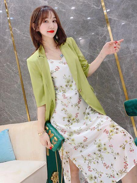 聚彩美衫女装品牌2020春夏知性温柔风套装修身连衣裙