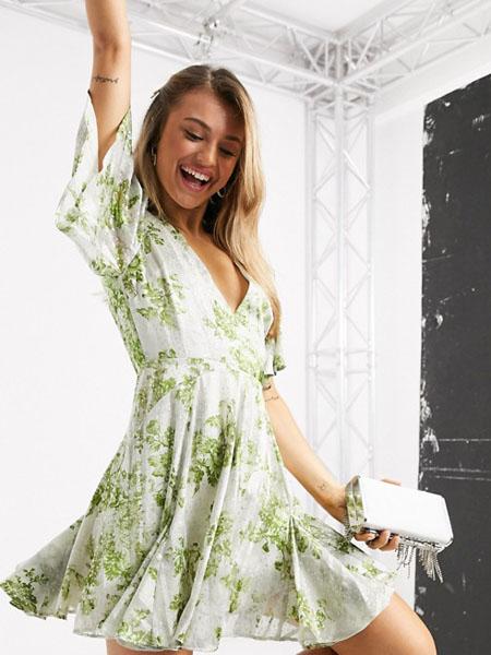 ASOS国际品牌时尚性感短款迷你连衣裙