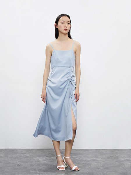 URBAN REVIVO(UR)国际品牌品牌2020春夏收腰显瘦吊带衫连衣裙