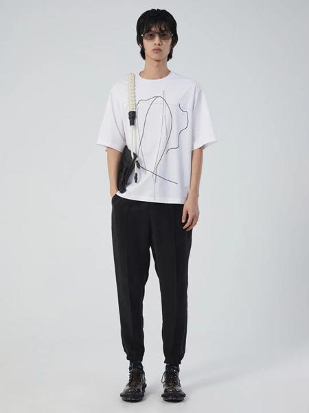 速写男装品牌2020春夏白色T恤