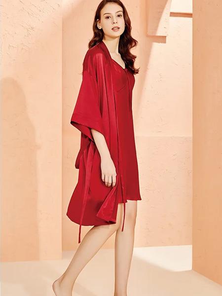 美标内衣品牌2020春夏冰丝红色外套睡裙