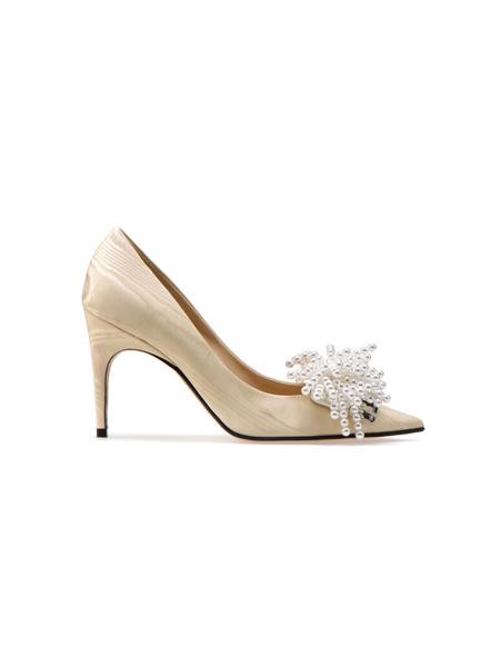 Sergio Rossi国际品牌品牌细跟尖头高跟鞋