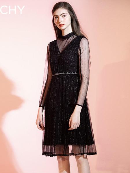 CHICHY女装品牌2020春夏黑色网纱连衣裙