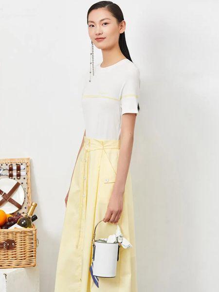 FUUNNY FEELLN仿佛女装品牌2020春夏纯棉修身短袖