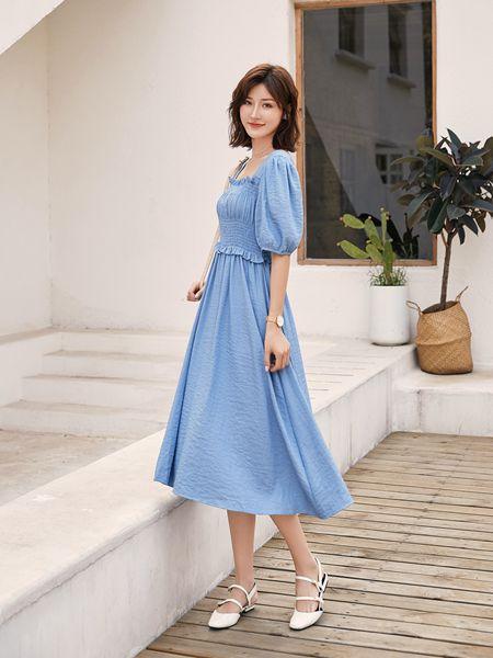 宝洛莎女装品牌2020春夏蓝色连衣裙收腰