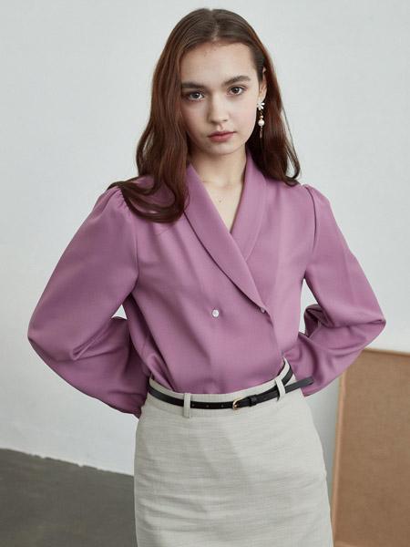INUSWAY女装品牌2020春夏紫色V领雪纺衫
