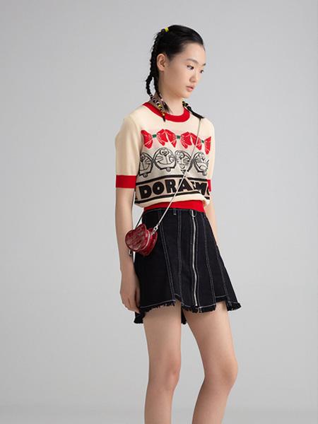 CRZ潮牌女装品牌2020春夏红边米色T恤时尚叮当猫