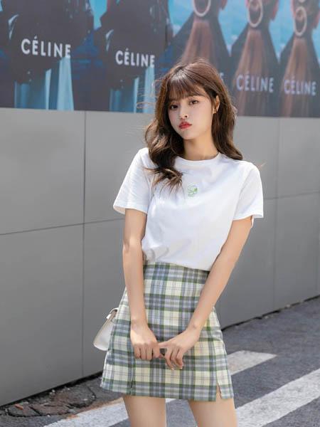 琼斯维格(JONASWAGELL)女装品牌2020春夏知性成熟套装裙