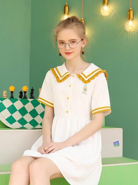 库恩玛维女装品牌2020春夏学院风海军领
