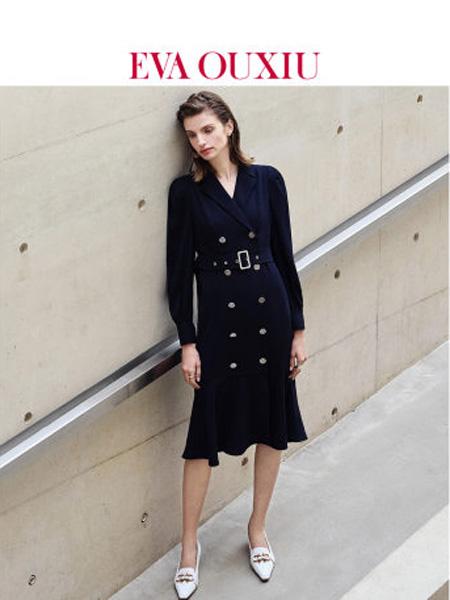 伊华·欧秀女装品牌2020春夏女装风衣两穿御姐风连衣裙气质通勤外套西装裙