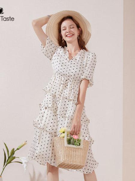 郁香菲女装品牌2020春夏高腰波点仙女裙V领甜美气质中长款雪纺蛋糕裙