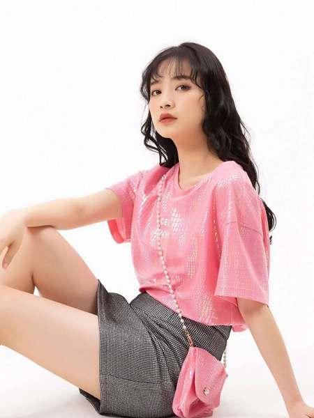 果一果女孩女装品牌2020春夏粉色T恤