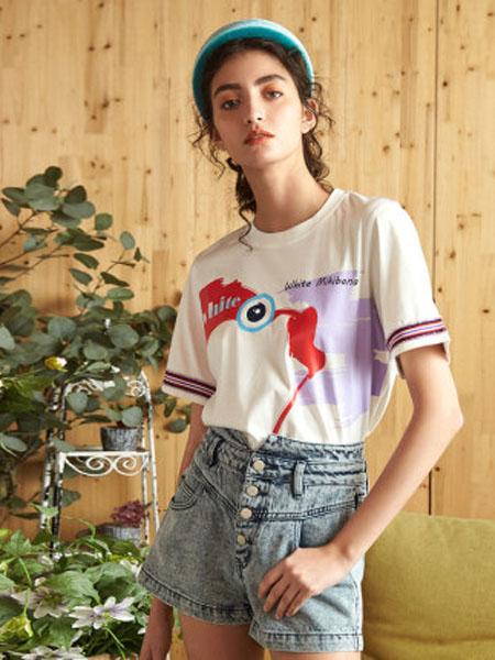 米可芭娜女装品牌2020春夏印花白色T恤不规则创意洋气上衣女潮牌2020年夏季新款