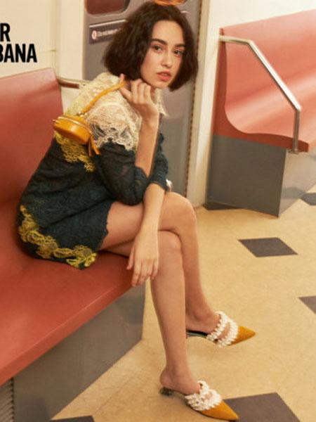 米可芭娜女装品牌2020春夏温柔气质半身裙高腰显瘦雪纺蕾丝包臀短裙女2020夏季新款