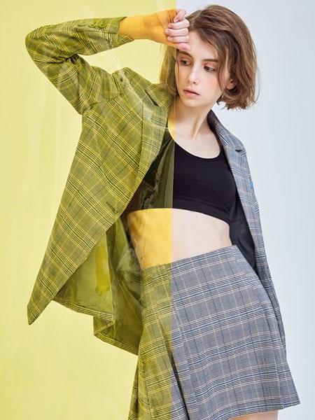 M.STUDIO女装品牌2020春夏灰色格纹西装外套套裙