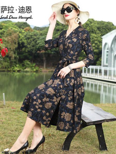 萨拉迪恩女装品牌2020春夏女印花贵夫人阔太太V领七分袖亮丝连衣裙高端洋气长款