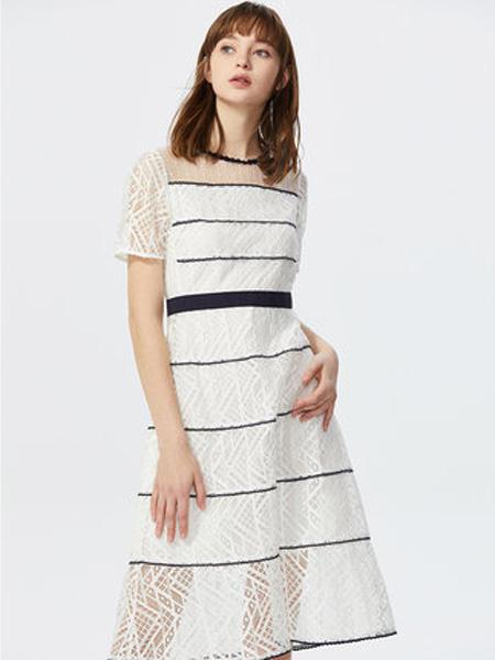 莱茵女装品牌2020春夏经典黑白撞色A字裙超仙森系蕾丝优雅复古大牌连衣裙