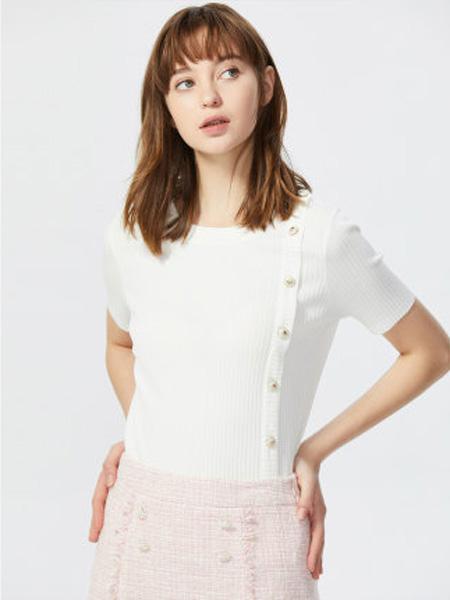 莱茵女装品牌2020春夏白色竖条纹薄款针织衫女复古装饰扣修身短袖T恤