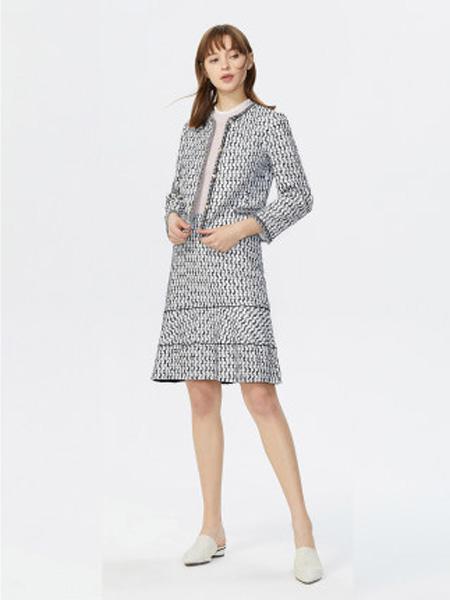 莱茵女装品牌2020春夏撞色上衣减龄设计感织带时尚短款外套女