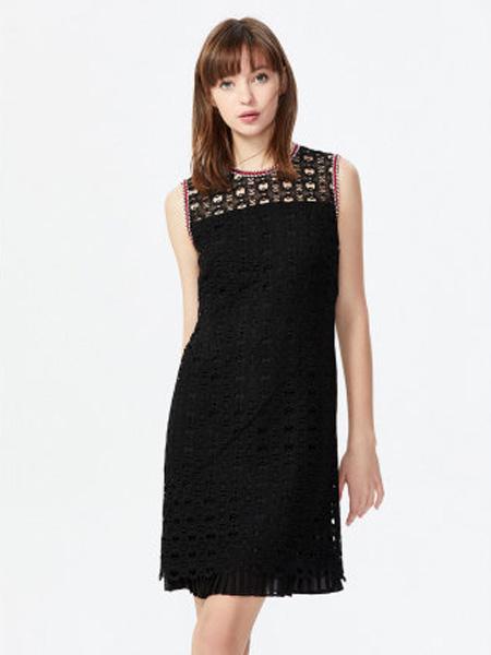 萊茵女裝品牌2020春夏撞色織帶鏤空蕾絲中長連衣裙女
