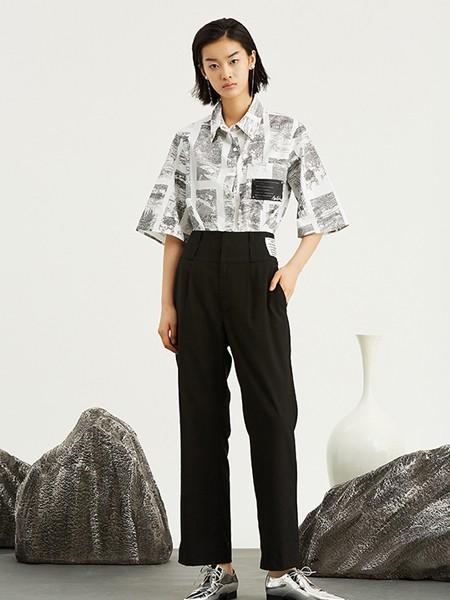 ICY女装品牌2020春夏复古气质衬衣