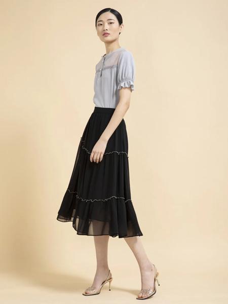 杰克林女装品牌2020春夏灰色雪纺衫黑色半裙