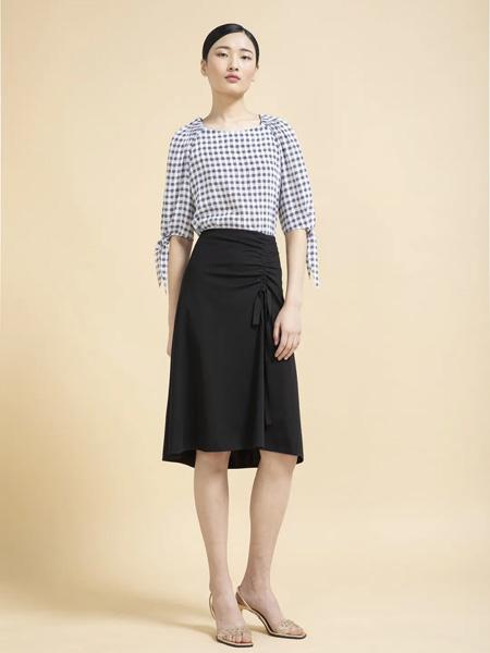 杰克林女装品牌2020春夏黑白格纹上衣黑色雪纺裙