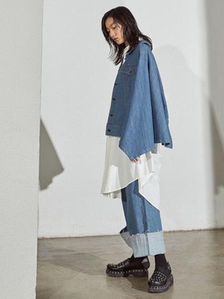 子苞米女装品牌2020春夏短款棉牛仔不规则衣袖百搭短外套