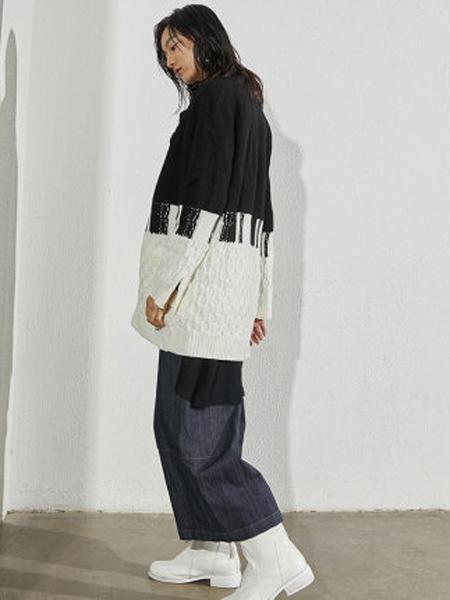 子苞米女装品牌2020春夏拼接绵羊毛复古开衫针织外套女
