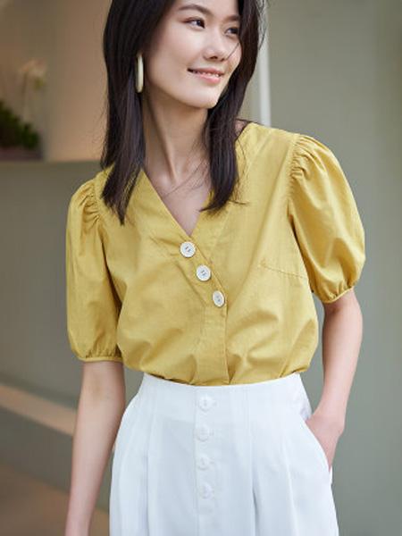 洛可可女装品牌2020春夏V领泡泡袖衬衫女士复古法式上衣