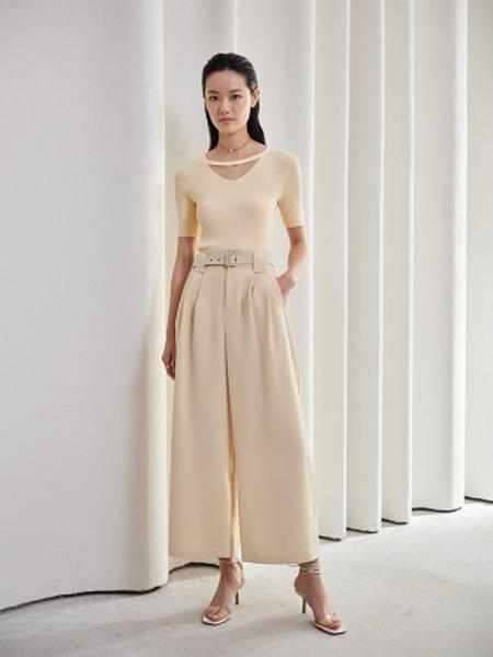 洛可可女装品牌2020春夏镂空套头针织衫女短袖薄款上衣