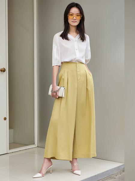 洛可可女装品牌2020春夏白色衬衫女设计感小众
