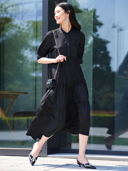 洛可可女装品牌2020春夏黑色圆领连衣裙女宽松法式长裙
