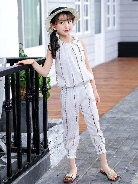 宾果童话童装品牌2020春夏圆领白色竖纹波浪雪纺衫长裤