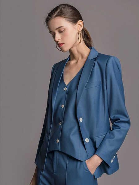 TieForHer女装品牌2020春夏丝绸商务正装