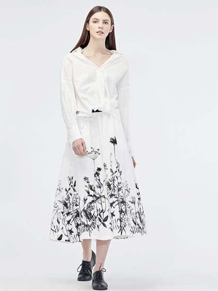 圣迪奥女装品牌2020春夏V领白色连衣裙