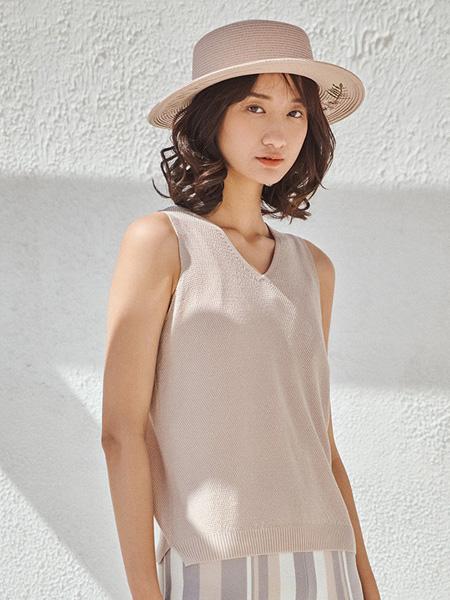浅秋女装品牌2020秋季V领背心针织衫