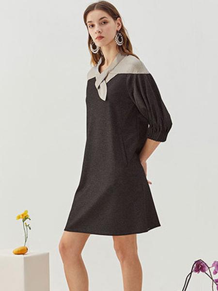观钵缘女装品牌2020春夏黑色V领连衣裙宽松