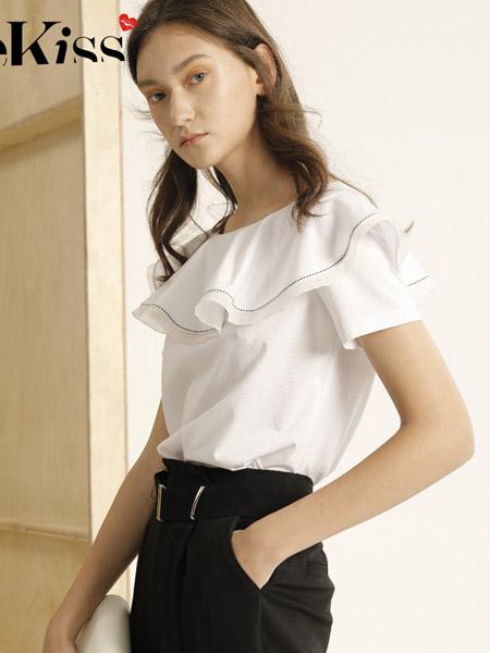 衣之吻女装品牌2020春夏荷叶边简约雪纺衫