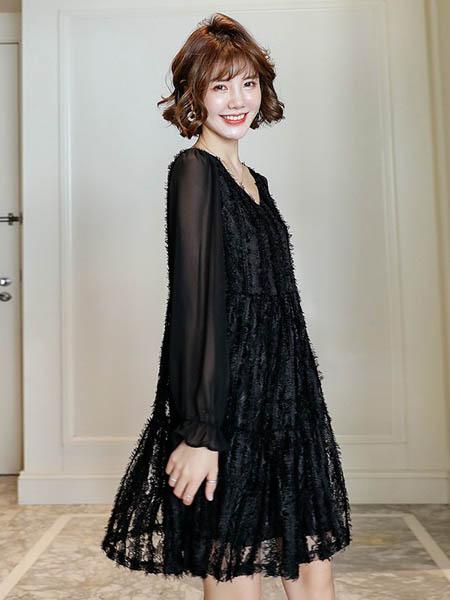 乔薇依JoiueVarry女装品牌2020春夏性感蕾丝连衣裙