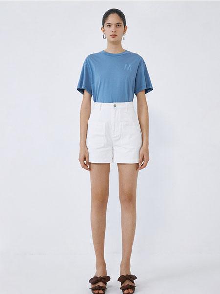 IMMI女装品牌2020春夏蓝色T恤白色短裤