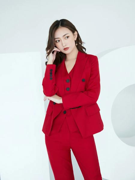 巴蒂米澜女装品牌2020春夏排扣大红色西装套装